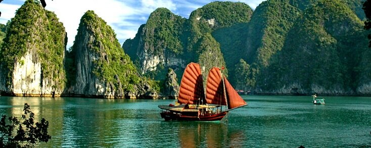 halong-bay-cruises-princess-junk